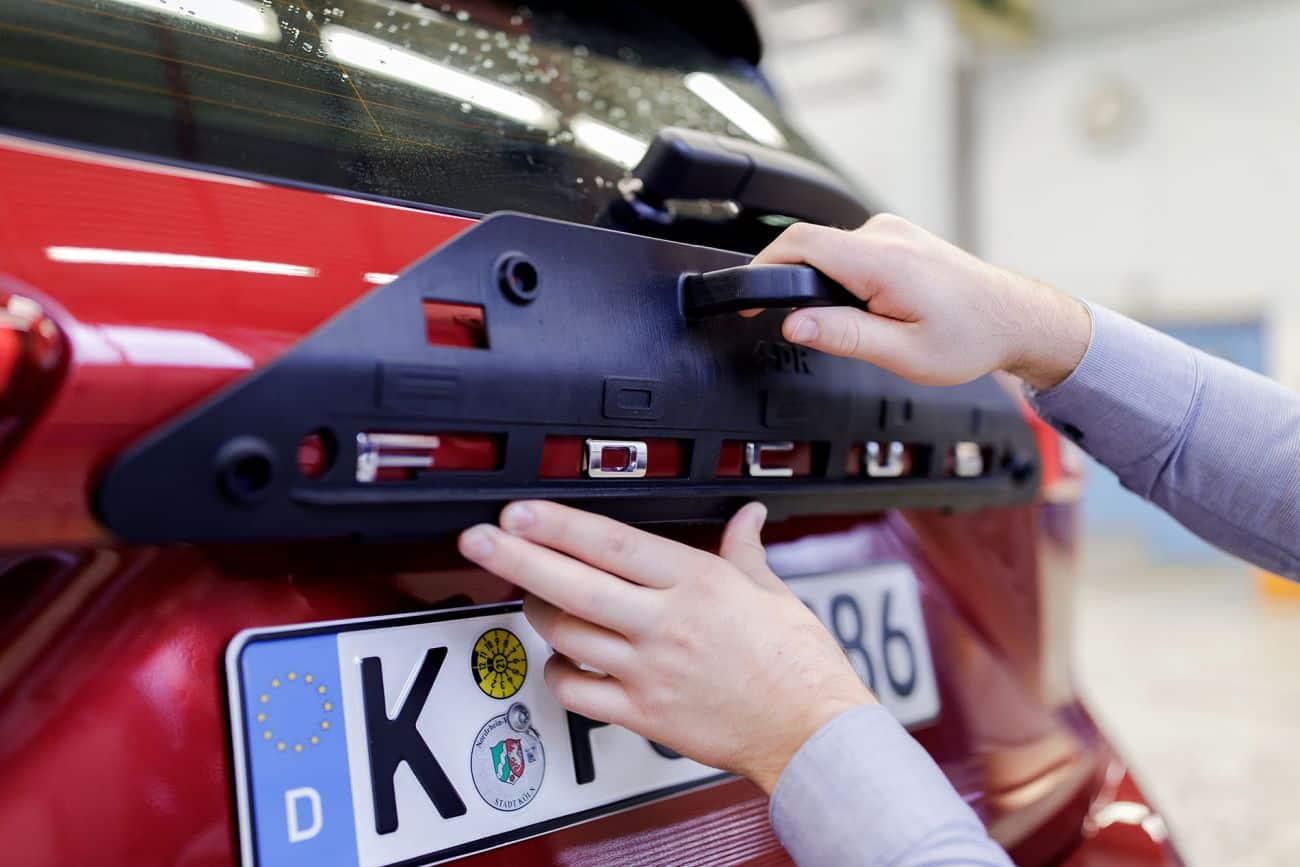 Montering av Ford Focus med 3d-utskriven jigg.